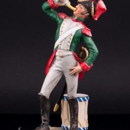 Фарфоровая статуэтка солдата Кирасир, 1812, Goebel, Германия.