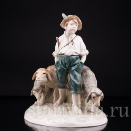 Фигурка мальчика из фарфора  Пастушок, Von Schierholz, Германия, пер. пол. 20 в.